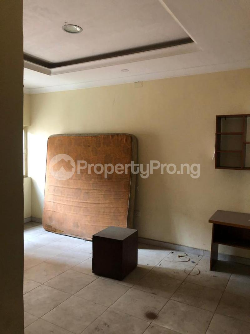 5 bedroom Detached Duplex House for sale Medina Estate Atunrase Medina Gbagada Lagos - 17