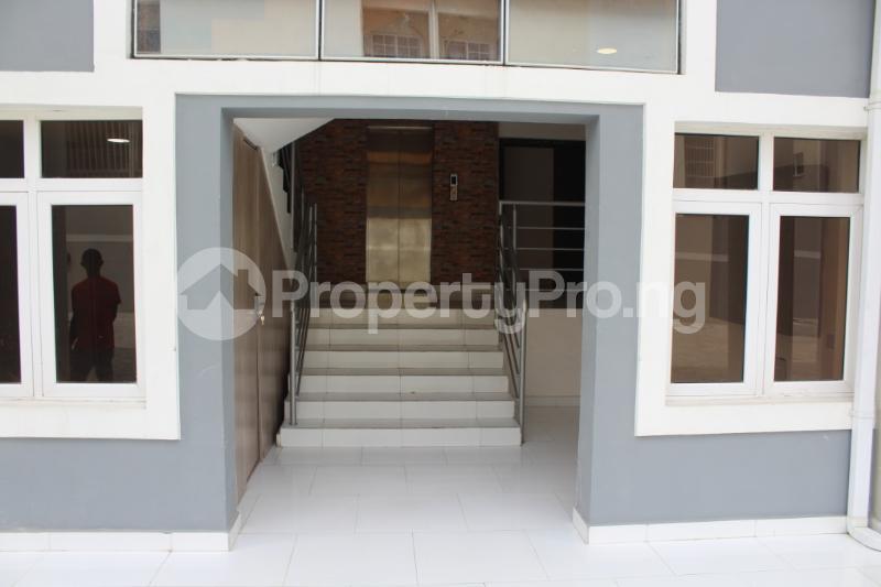 3 bedroom Flat / Apartment for sale - ONIRU Victoria Island Lagos - 8