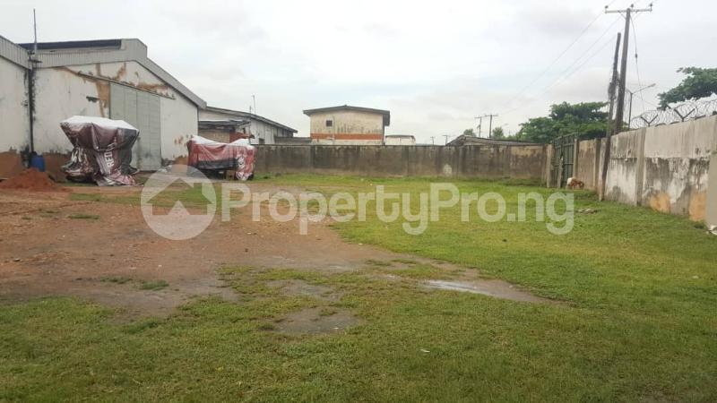 Warehouse Commercial Property for sale ----- Oshodi Expressway Oshodi Lagos - 2