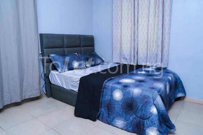 Flat / Apartment for shortlet off bodethomas street. Bode Thomas Surulere Lagos - 1