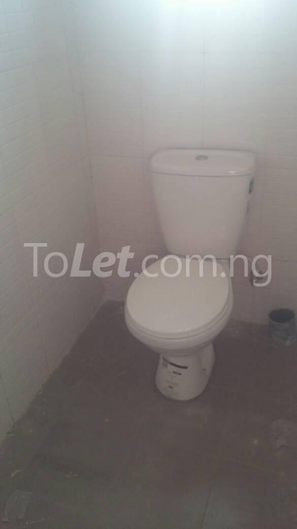Flat / Apartment for rent off karounwi otunba Itire Surulere Lagos - 5