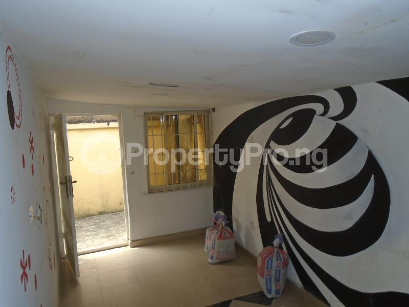1 bedroom mini flat  Detached Bungalow House for rent - Adeniyi Jones Ikeja Lagos - 4