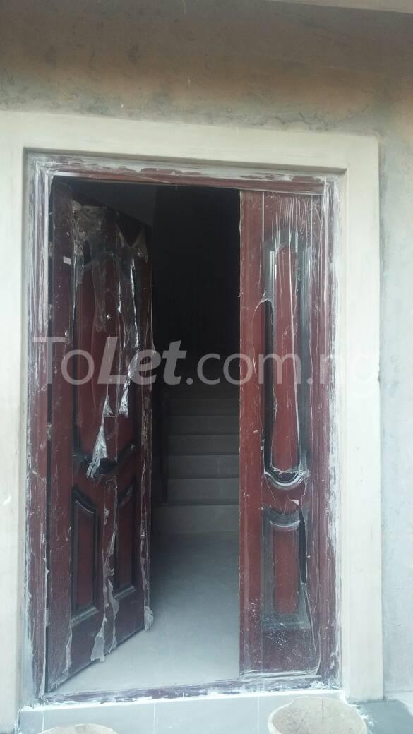 Flat / Apartment for rent off karounwi otunba Itire Surulere Lagos - 0