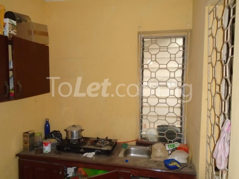 1 bedroom mini flat  Flat / Apartment for rent falolu,off akerele Itire Surulere Lagos - 6