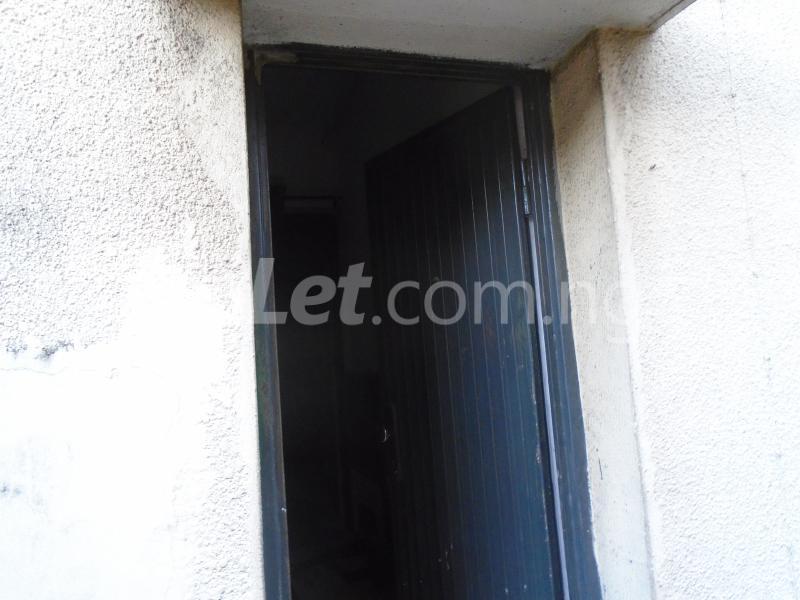 1 bedroom mini flat  Flat / Apartment for rent falolu,off akerele Itire Surulere Lagos - 0
