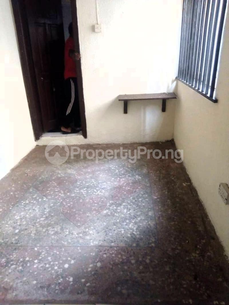 1 bedroom mini flat  Mini flat Flat / Apartment for rent Fadeyi Shomolu Lagos - 1