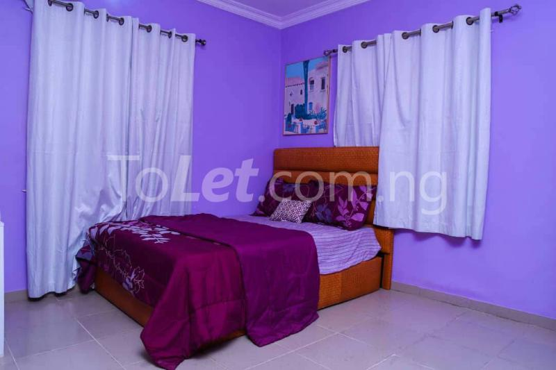 Flat / Apartment for shortlet off bodethomas street. Bode Thomas Surulere Lagos - 2