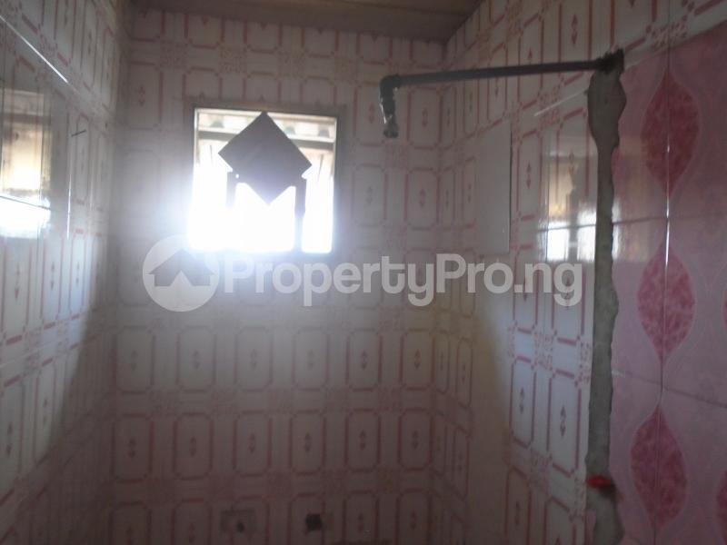 1 bedroom mini flat  Mini flat Flat / Apartment for rent itire road,lawanson Lawanson Surulere Lagos - 6