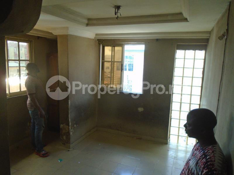 1 bedroom mini flat  Mini flat Flat / Apartment for rent itire road,lawanson Lawanson Surulere Lagos - 11
