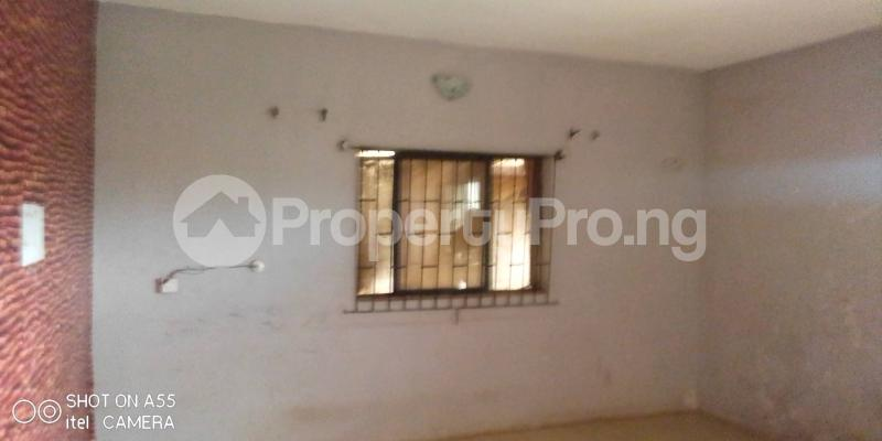 1 bedroom mini flat  Blocks of Flats House for rent Baruwa along the road Baruwa Ipaja Lagos - 7