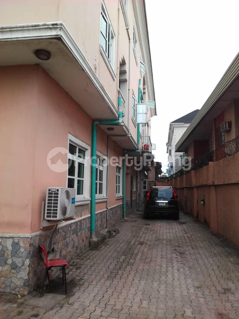 1 bedroom mini flat  Mini flat Flat / Apartment for rent Akinyele street off adekunle kuye Adelabu Surulere Lagos - 1