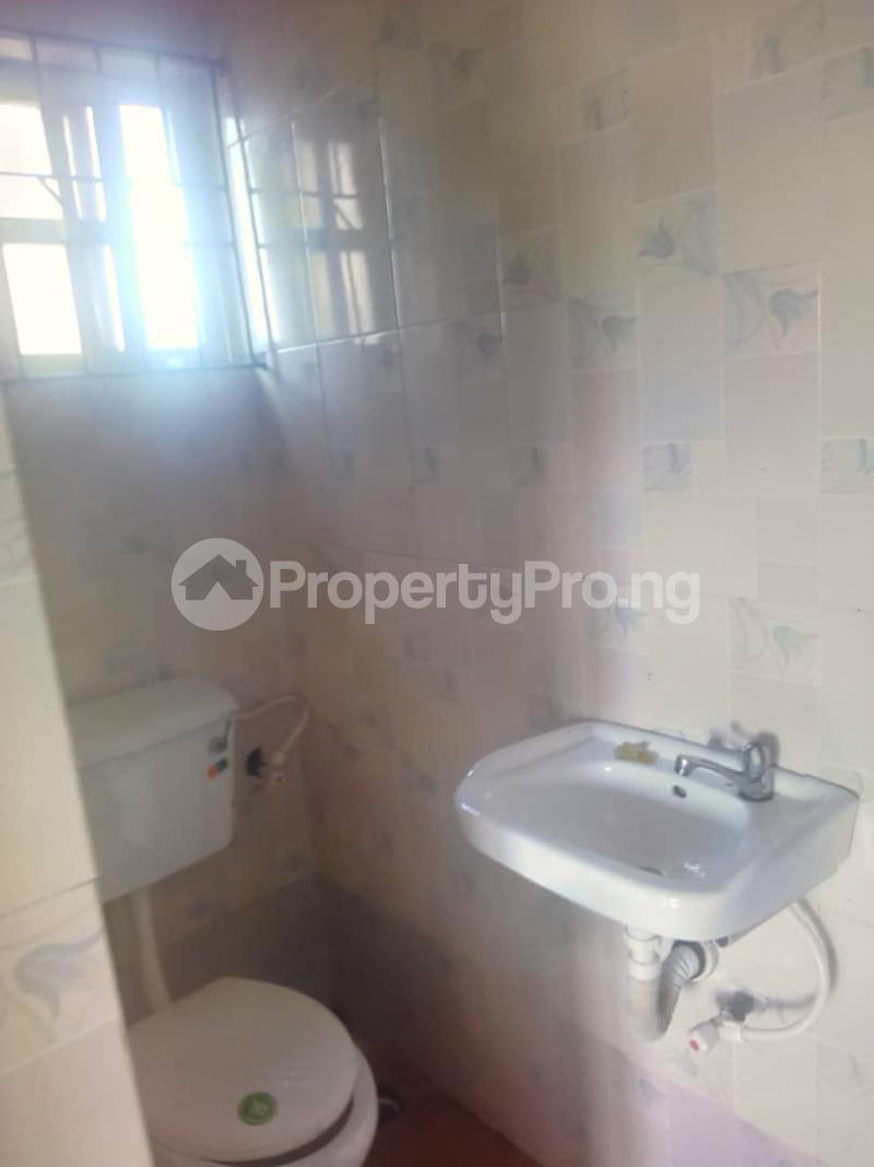3 bedroom Flat / Apartment for rent Abule ijesha Abule-Ijesha Yaba Lagos - 7