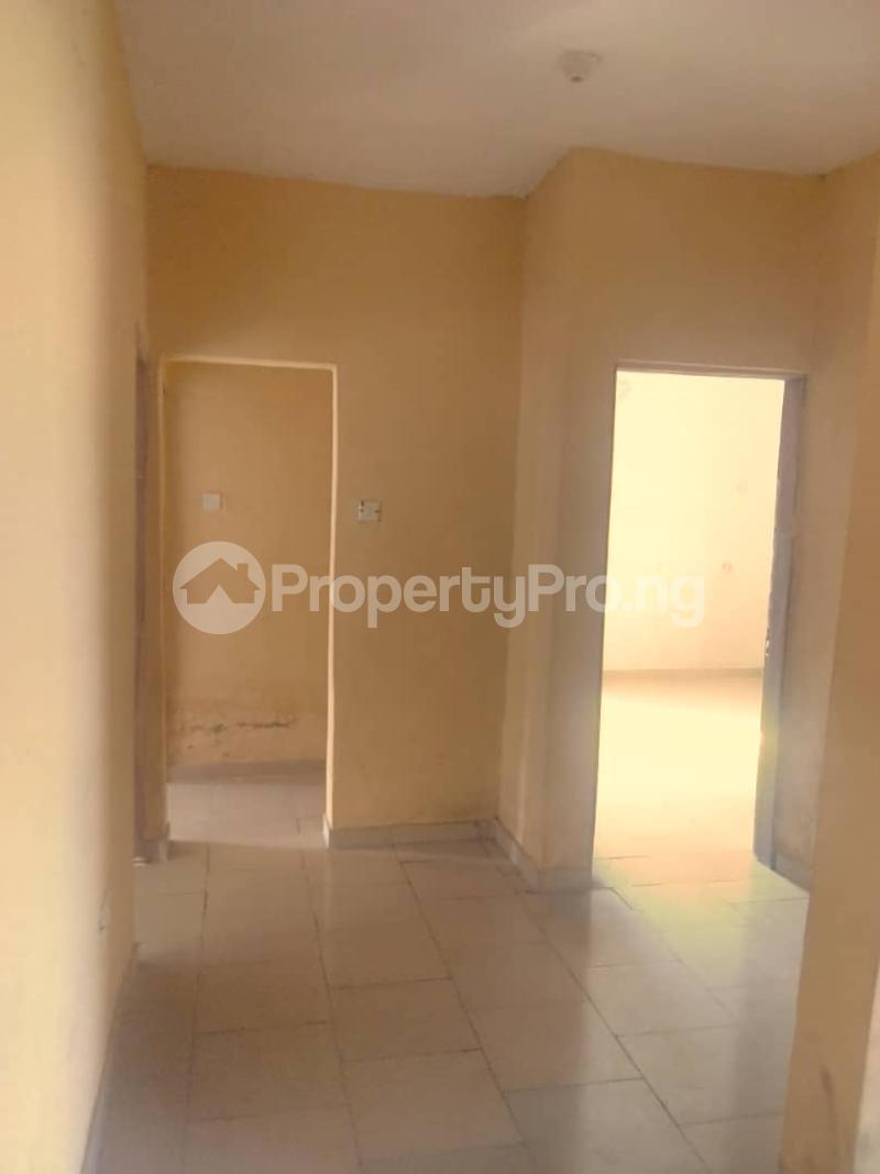 3 bedroom Flat / Apartment for rent Abule ijesha Abule-Ijesha Yaba Lagos - 10
