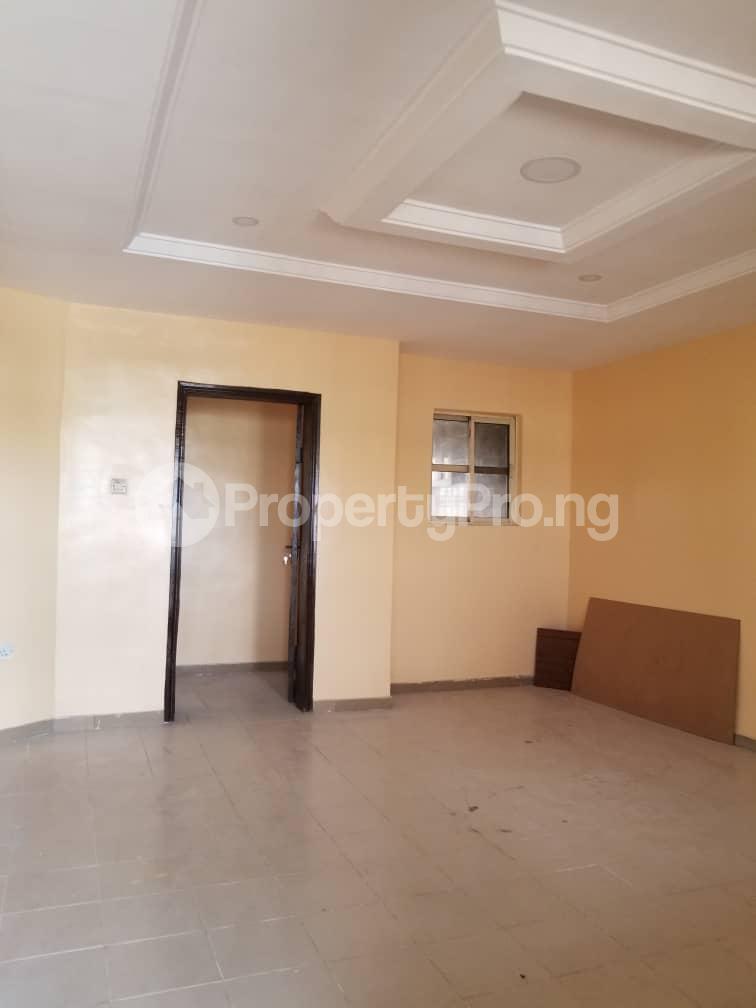 3 bedroom Flat / Apartment for rent Thomas estate Ajah Lagos - 3