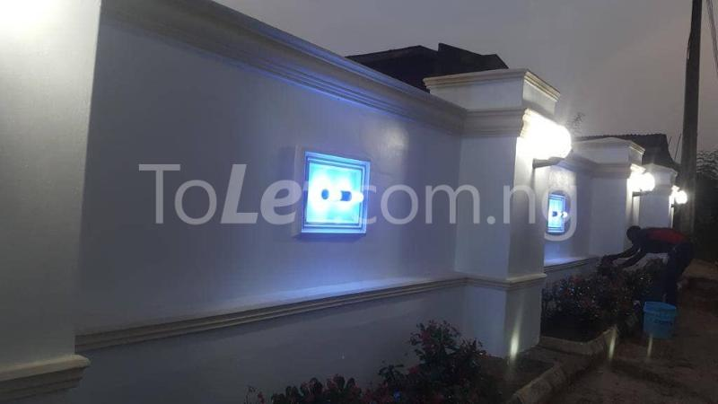 9 bedroom Hotel/Guest House Commercial Property for rent 8B, Line 2A, Aladanla Layout (close to OAU teaching hospital) Ife Central Osun - 4