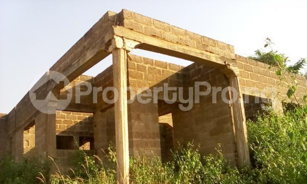 4 bedroom Detached Bungalow House for sale Off Palace Road, Okinni,  Osogbo Osun - 2
