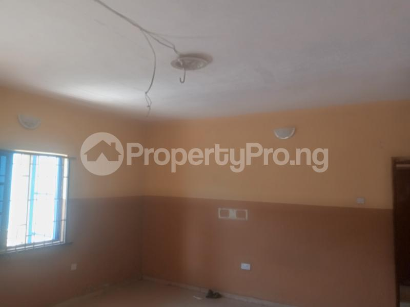 3 bedroom Flat / Apartment for rent Agege Agege Lagos - 2
