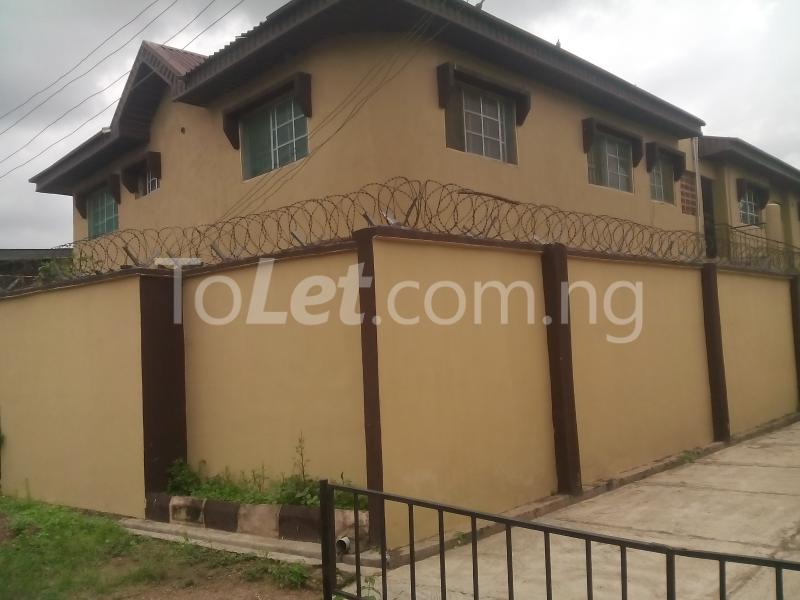3 bedroom Flat / Apartment for rent WEMA bus express bus stop, New Ife Road axis Egbeda Oyo - 4