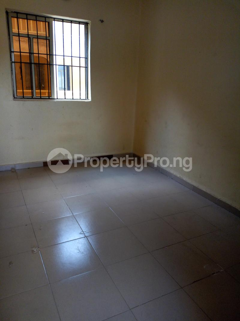 1 bedroom mini flat  Self Contain Flat / Apartment for rent U.I road 2nd gate Barika area. Ibadan polytechnic/ University of Ibadan Ibadan Oyo - 0