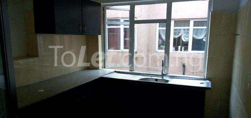 3 bedroom Flat / Apartment for rent Shonibare estate, maryland Shomolu Lagos - 6