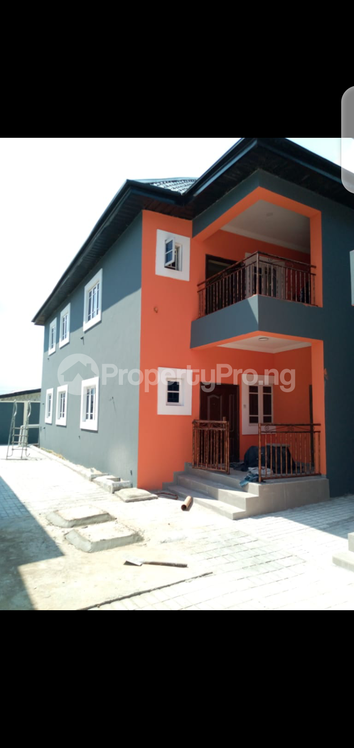 2 bedroom Flat / Apartment for rent Odili road by Aero plane drive Obio-Akpor Rivers - 0