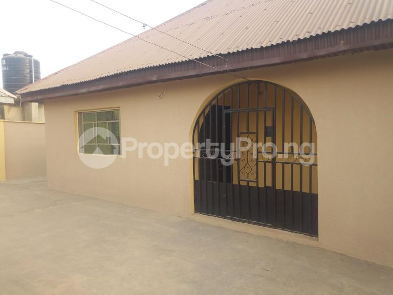 3 bedroom Flat / Apartment for sale Olojo Farm Ede North Osun - 1