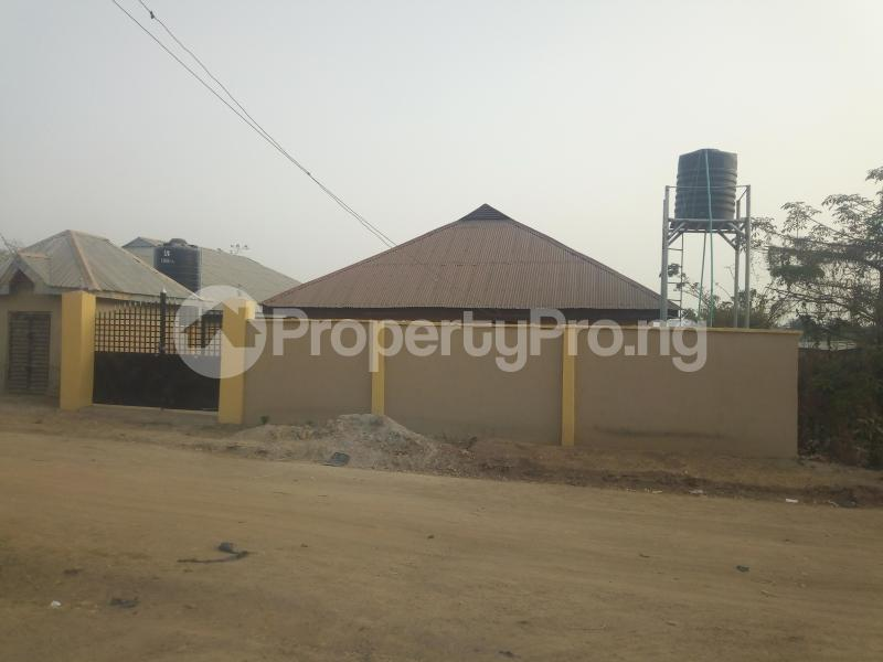 3 bedroom Flat / Apartment for sale Olojo Farm Ede North Osun - 0