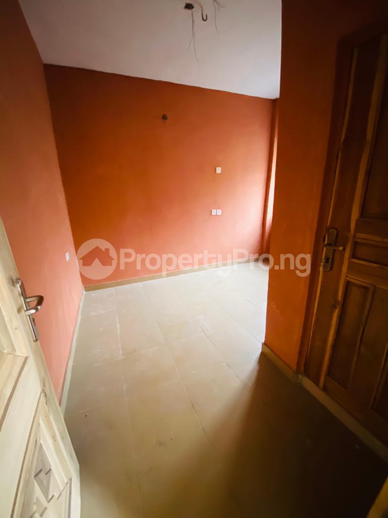 2 bedroom Flat / Apartment for rent Iporin,behind lead way pension,  Alaka/Iponri Surulere Lagos - 16