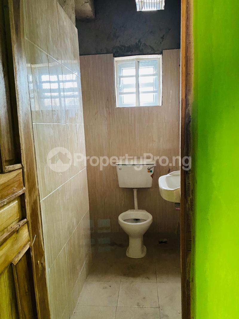 2 bedroom Flat / Apartment for rent Iporin,behind lead way pension,  Alaka/Iponri Surulere Lagos - 13