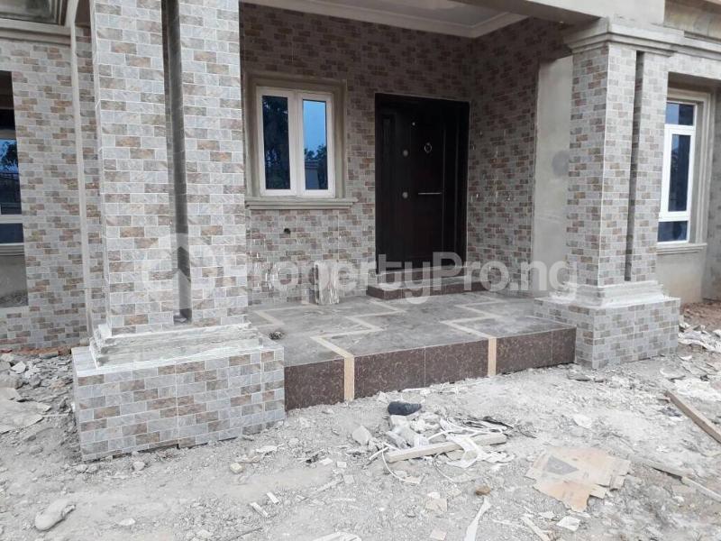 5 bedroom House for sale  alabameta area very close to main tiled road behinde katados filling-stations off osogbo Ikirun road, Olorunda L. G Osogbo osun state.  Olorunda Osun - 43