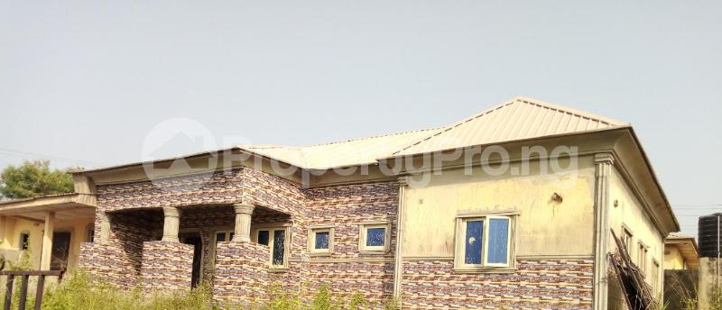 3 bedroom Terraced Bungalow House for sale Alagbaka Akure Ondo - 0