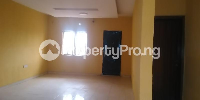 3 bedroom Flat / Apartment for rent Ibukunolu  Akoka Yaba Lagos - 3