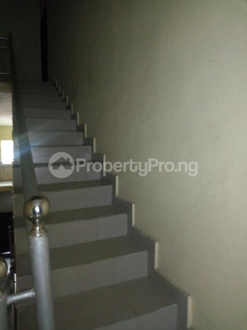 4 bedroom Flat / Apartment for rent Divine Estate, Amuwo Odofin Amuwo Odofin Amuwo Odofin Lagos - 5
