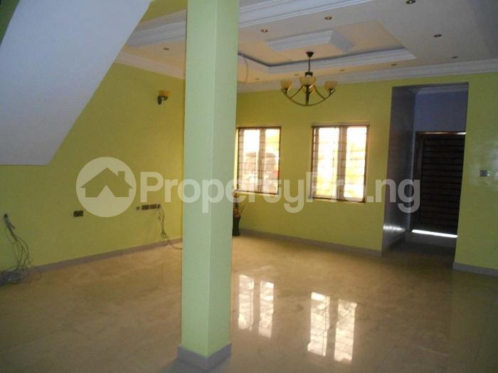 4 bedroom Terraced Duplex House for sale Ikate Lekki Lagos - 27