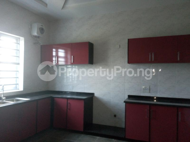 3 bedroom House for sale  divine estates Thomas estate Ajah Lagos - 10