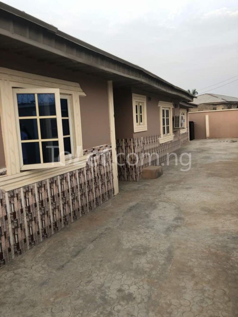 2 bedroom Flat / Apartment for rent Oja owode rd, Osogbo Osun - 0