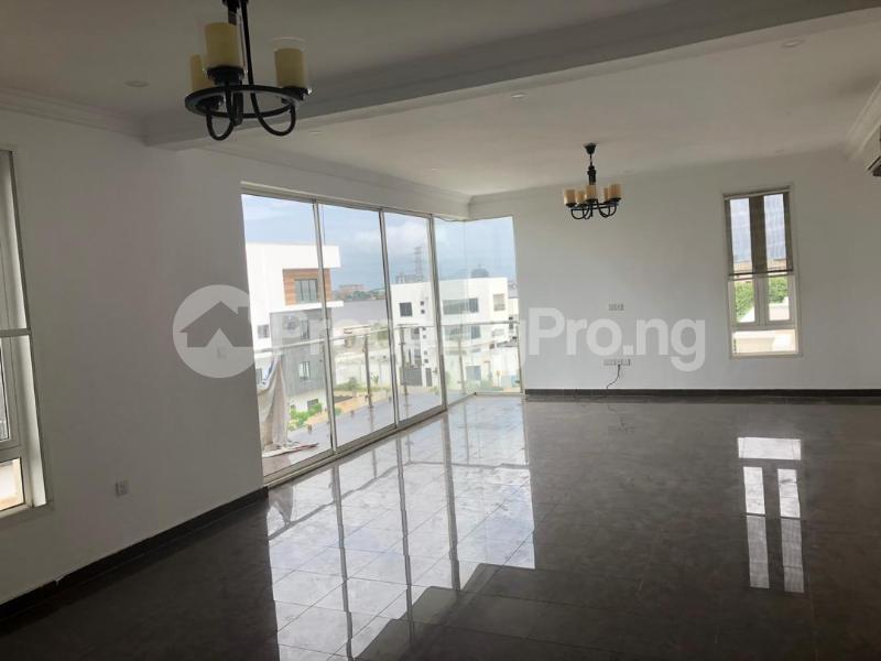 3 bedroom Blocks of Flats House for rent Banana Island Ikoyi Lagos - 8