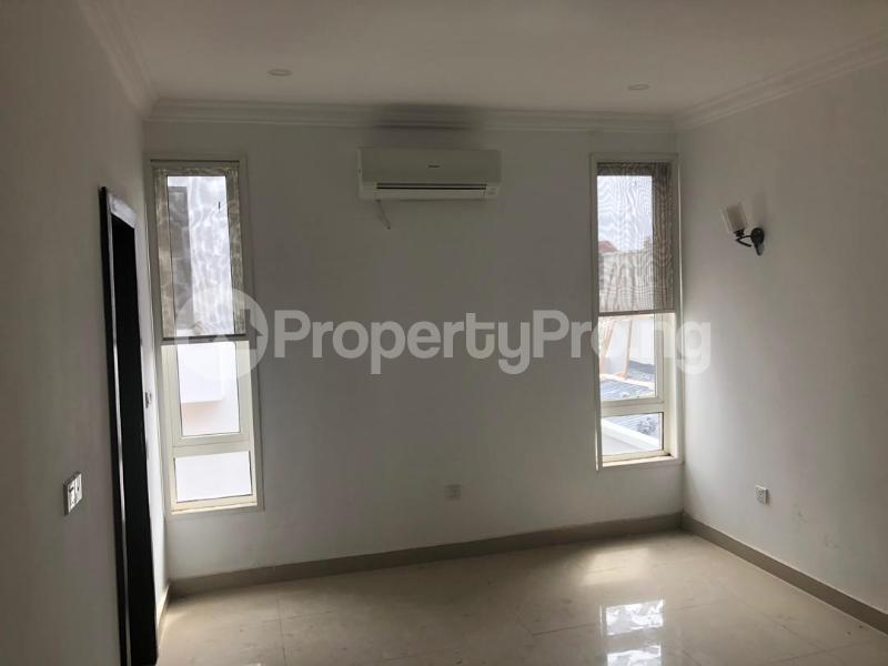 3 bedroom Blocks of Flats House for rent Banana Island Ikoyi Lagos - 14