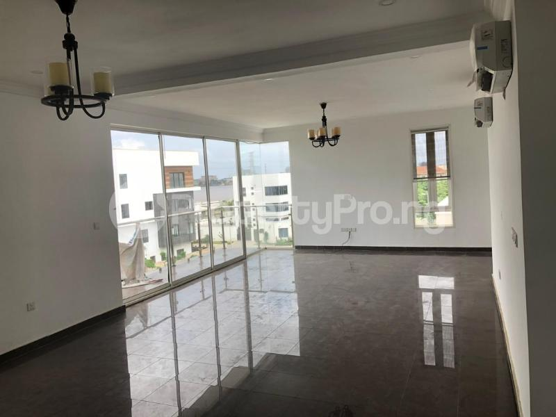 3 bedroom Blocks of Flats House for rent Banana Island Ikoyi Lagos - 10