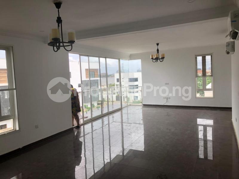 3 bedroom Blocks of Flats House for rent Banana Island Ikoyi Lagos - 30