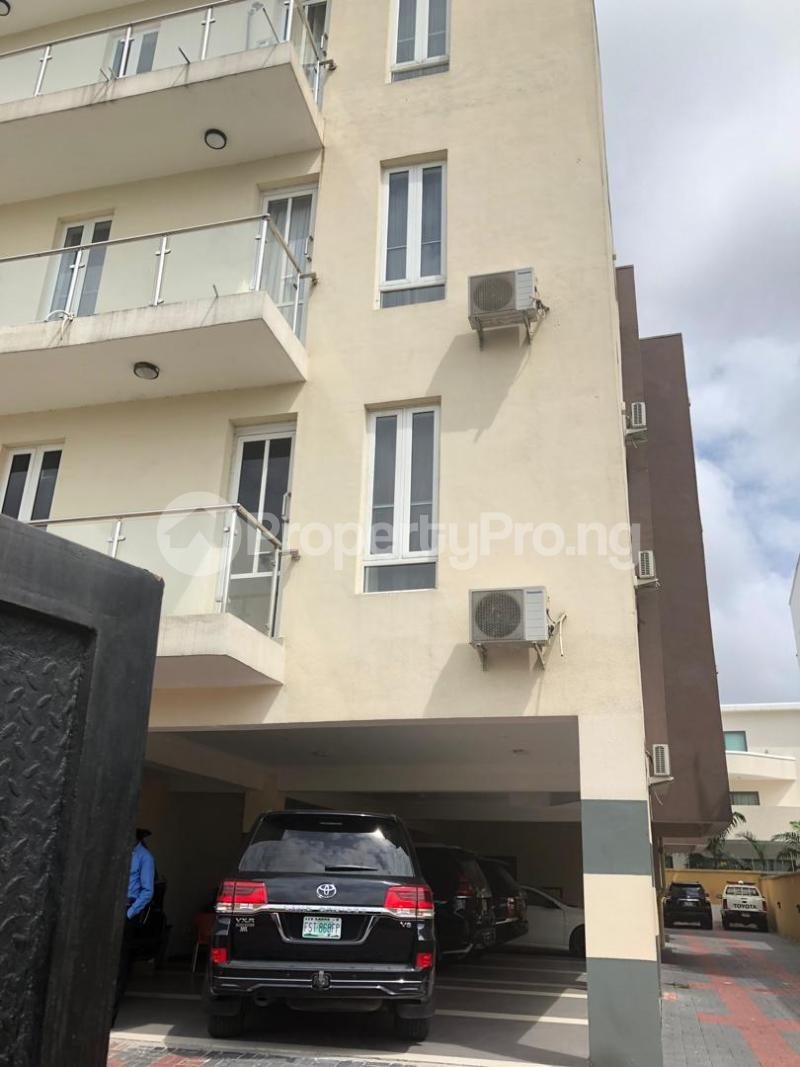 3 bedroom Blocks of Flats House for rent Banana Island Ikoyi Lagos - 1