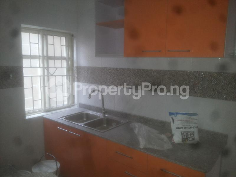 2 bedroom Flat / Apartment for rent macween Alagomeji Yaba Lagos - 6