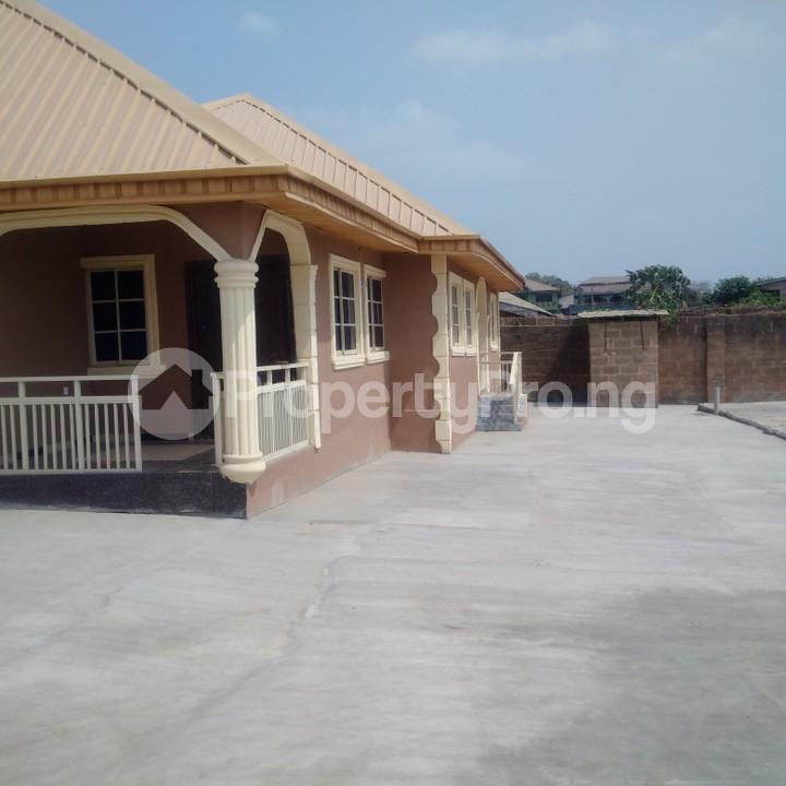 3 bedroom Flat / Apartment for rent Soyoye rounder Somorin Abeokuta Ogun - 3