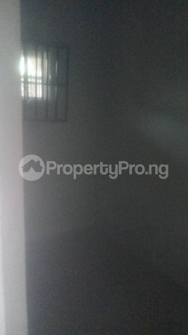 4 bedroom Mini flat Flat / Apartment for sale 4 timehin street  Osogbo Osun - 20