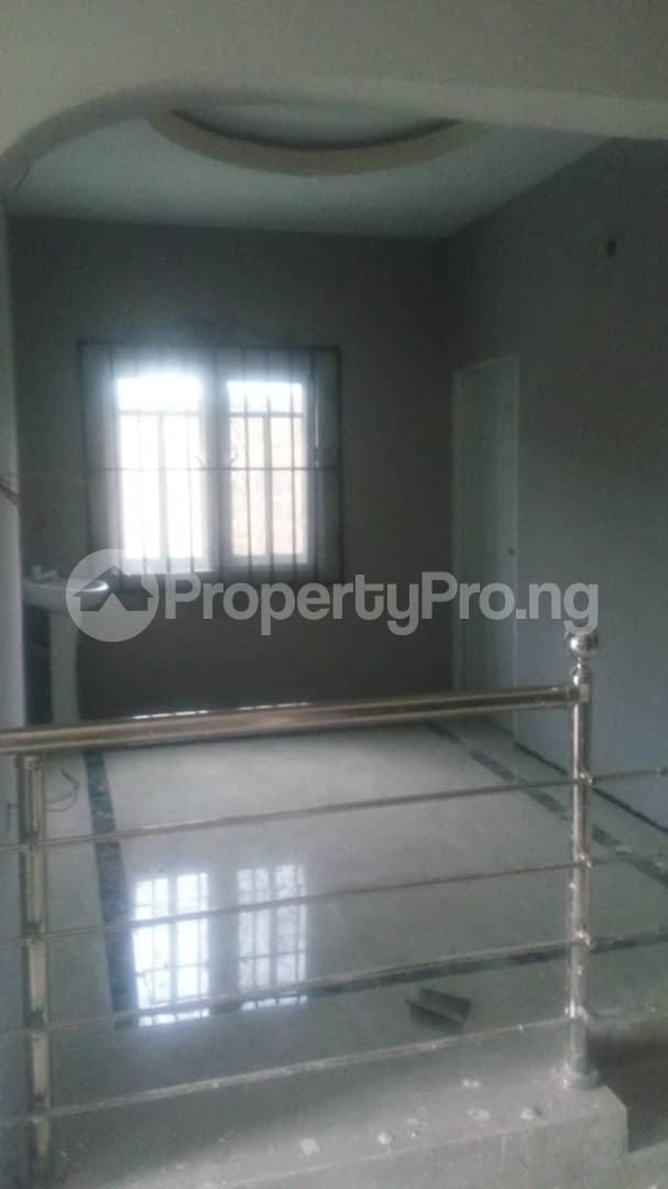4 bedroom Mini flat Flat / Apartment for sale 4 timehin street  Osogbo Osun - 4