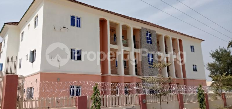 3 bedroom Blocks of Flats House for rent Around American International  school Durumi Abuja (PID: 1CYTM) | PropertyPro.ng