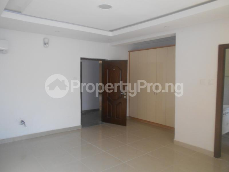 10 bedroom Flat / Apartment for rent Four point by sharaton road ONIRU Victoria Island Lagos - 16