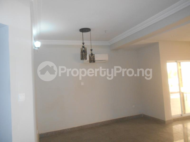 10 bedroom Flat / Apartment for rent Four point by sharaton road ONIRU Victoria Island Lagos - 12