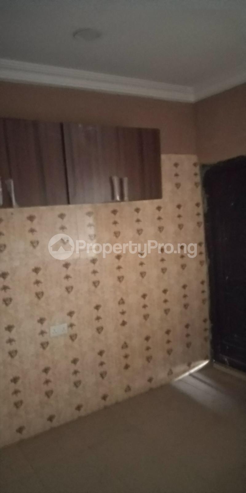 2 bedroom Blocks of Flats House for rent White House COMAND IPAJA road Lagos  Ipaja road Ipaja Lagos - 4