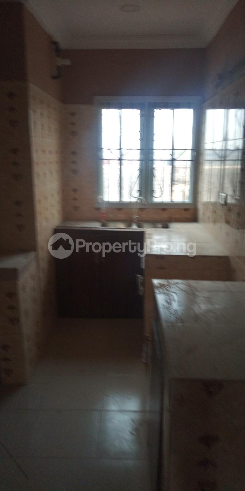 2 bedroom Blocks of Flats House for rent White House COMAND IPAJA road Lagos  Ipaja road Ipaja Lagos - 3